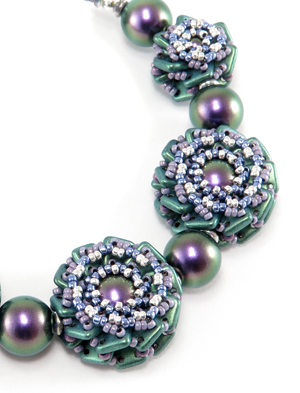 Double Rosette Beaded Beads by Cindy Holsclaw